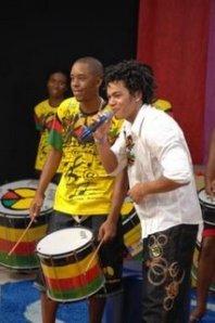 O Olodum Mirim é a banda da vez. O grupo veio de Salvador para falar sobre como brincar o Carnaval na boa, divertindo-se ao máximo sem correr riscos desnecessários.