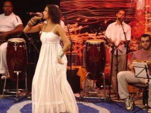 Renata Jambeiro e sua banda.
