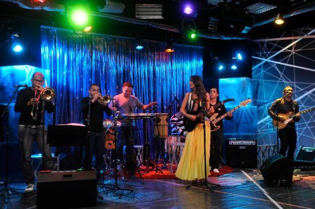 A cantora Lia Sophia trouxe a sua banda e participou do debate. Fotógrafo: Luis Carlos Gomes.